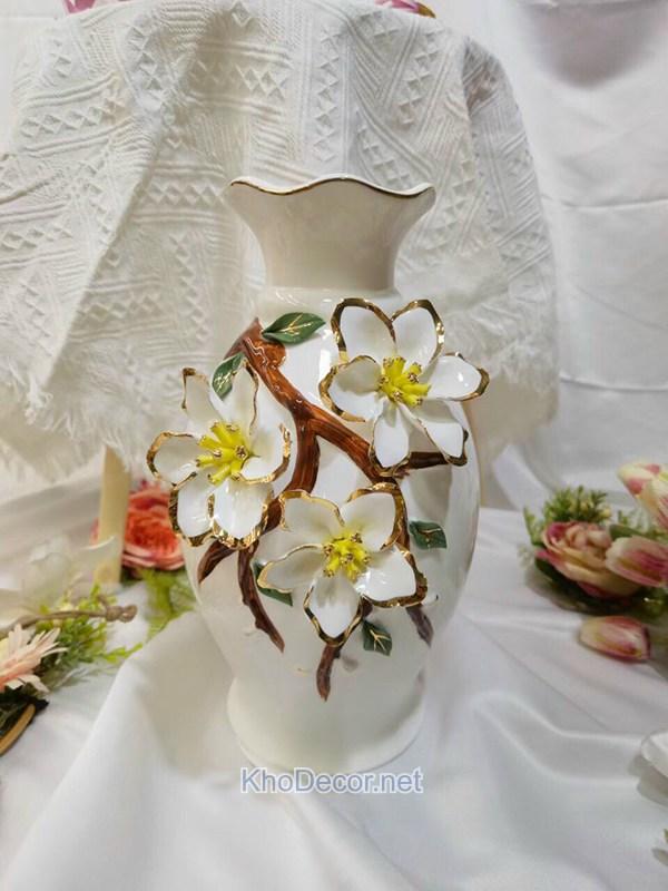 Bình hoa phòng khách họa tiết hoa mai vàng bh004