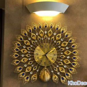 Đồng hồ con công treo tường DH003