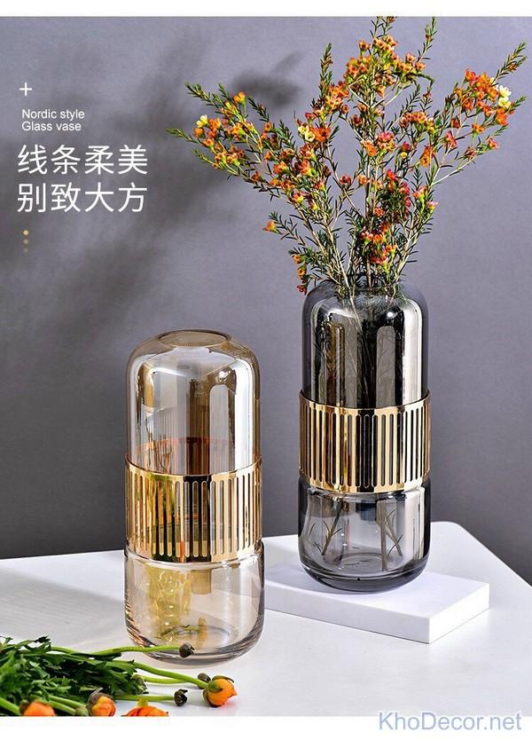 Bình hoa thủy tinh hiện đại